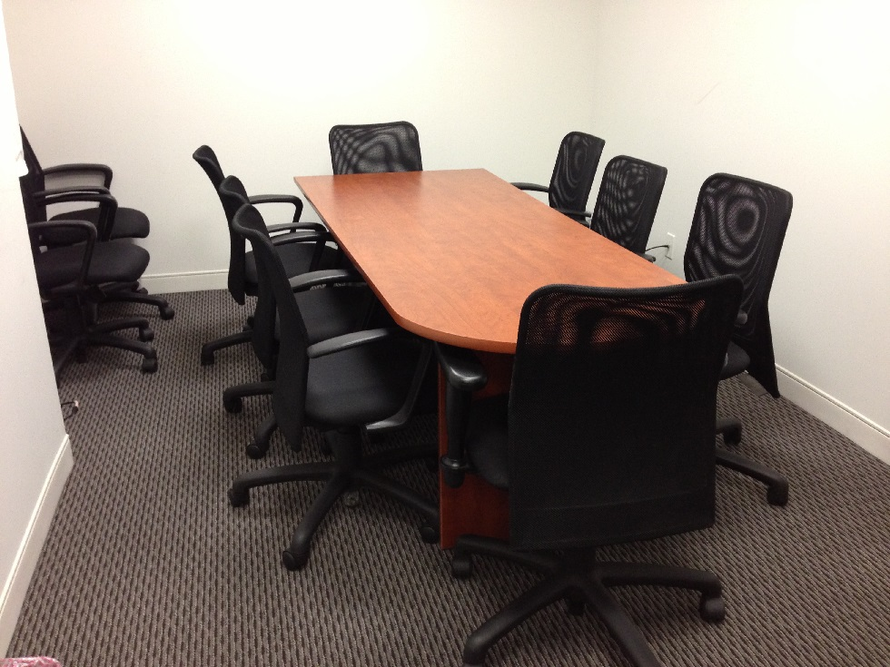 Reserve A Meeting Room At Broadway In New York City Davinci - Square conference room table